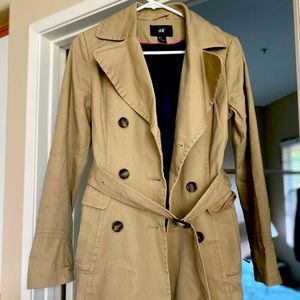 H & M size 4 classic lined trench coat